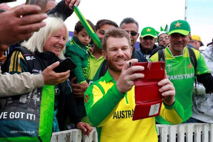 Worls Cup 2019: David Warner wins hearts after giving his man-of-the-match award to young fan