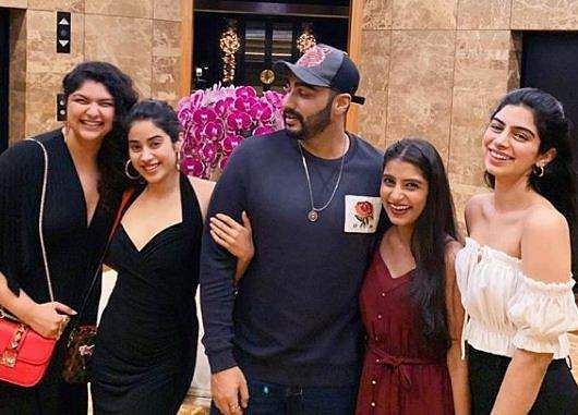 Arjun Kapoor with his sisters
