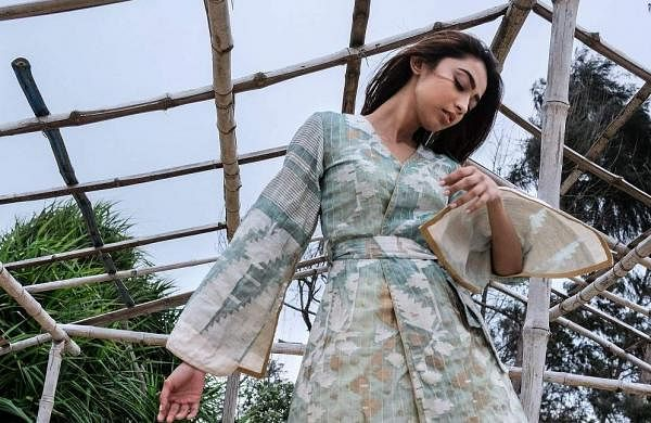 Flowy_dress_with_dhakai_jacket_(Bohurupi)