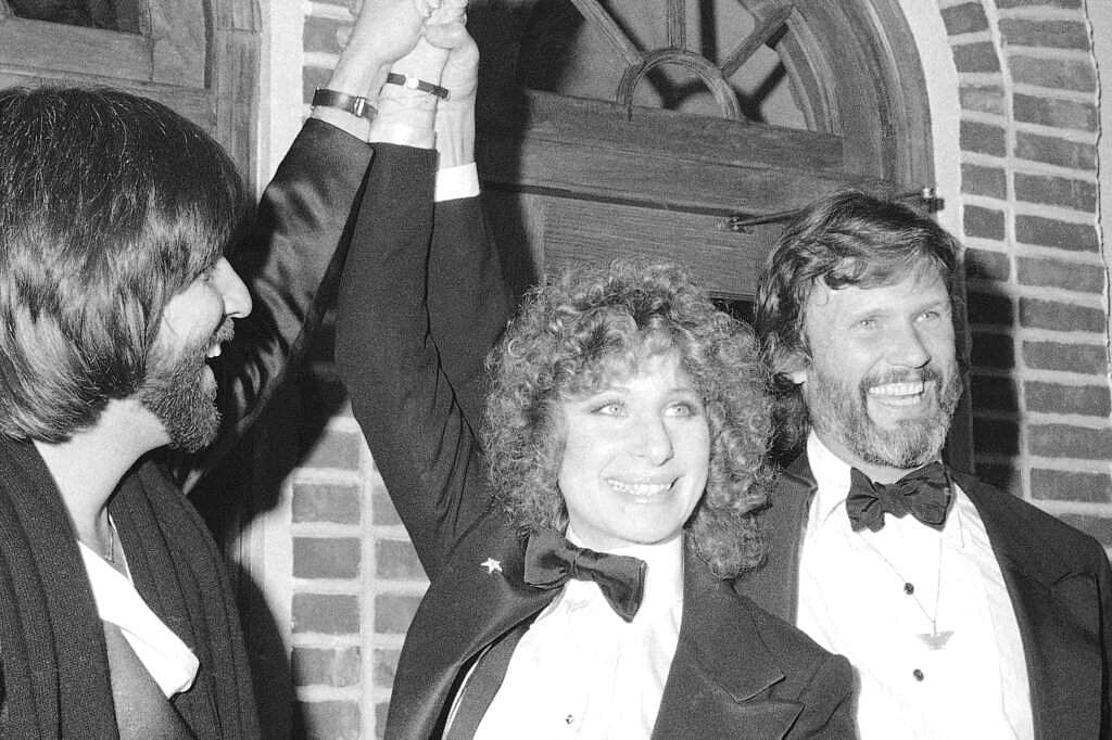 A Star is Born - Peters, Barbra Streisand and Kris Kristofferson