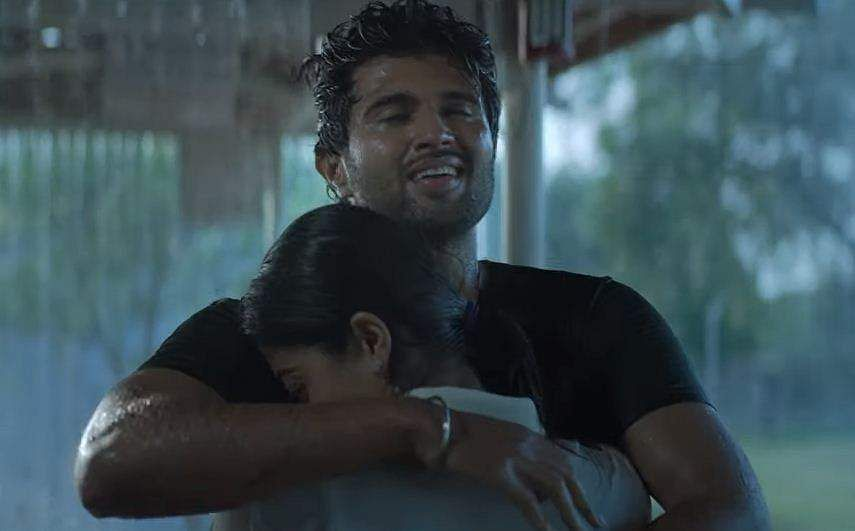 Vijay Deverakonda and Rashmika Mandanna in Dear Comrade