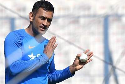 https://indulgexpress.com/topic/MS_Dhoni