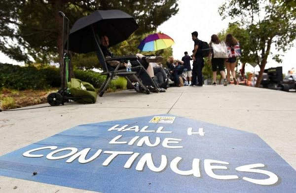 Comic-Con attendees wait in line for Thursday's Hall H activities before the 2019 Comic-Con International: San Diego in San Diego, Calif. (Photo by Chris Pizzello/Invision/AP)