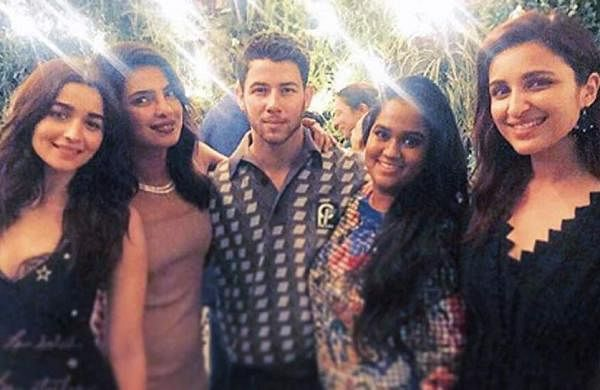 Alia Bhatt, Priyanka Chopra, Nick Jonas, Arpita Khan and Parineeti Chopra