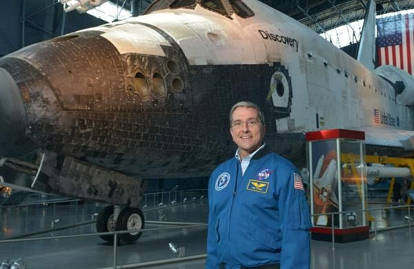With Discovery at the National Air & Space Museum. Pic courtesy: NASA and Don Thomas