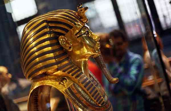 The golden burial mask of King Tutankhamun (Xinhua/Ahmed Gomaa/IANS)
