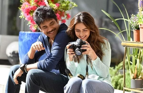 Nagarjuna and Rakul Preet in Manmadudhu 2