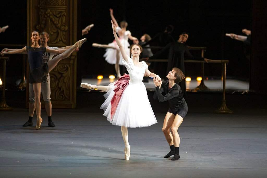 Dancers Alyona Kovalyova and Georgy Gusev perform during a rehearsal of Maurice Bejart's Gaiete Parisienne in the Bolshoi Theater in Moscow, Russia. (APDancers Alyona K Photo/Alexander Zemlianichenko)