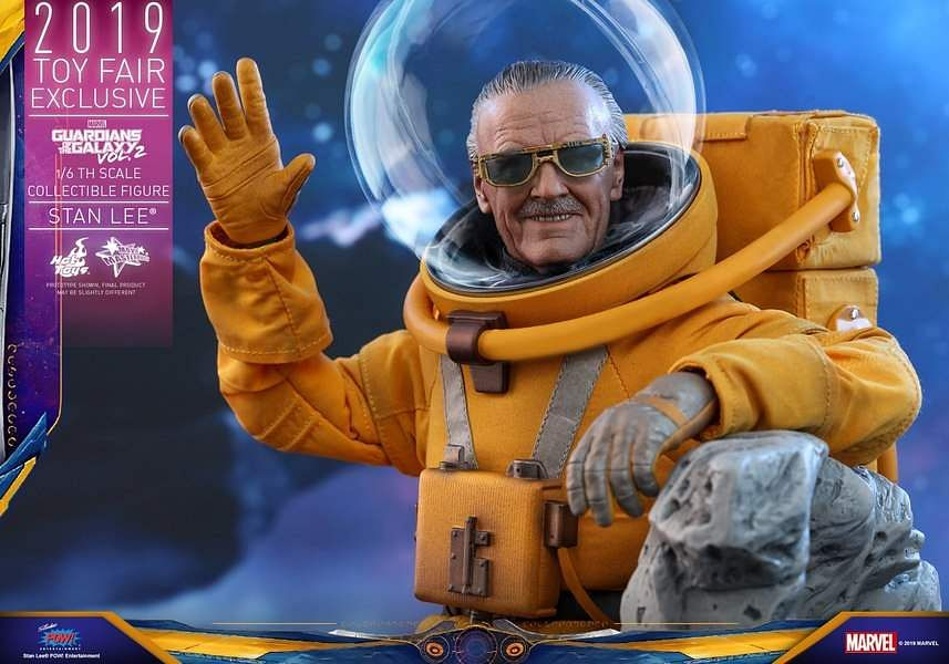 Stan-Lee-GOTG-Vol-2-Hot-Toys-01__scaled_600