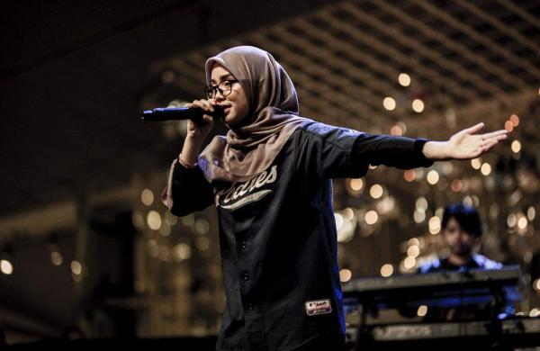 Bunga Malaysian Female rappers