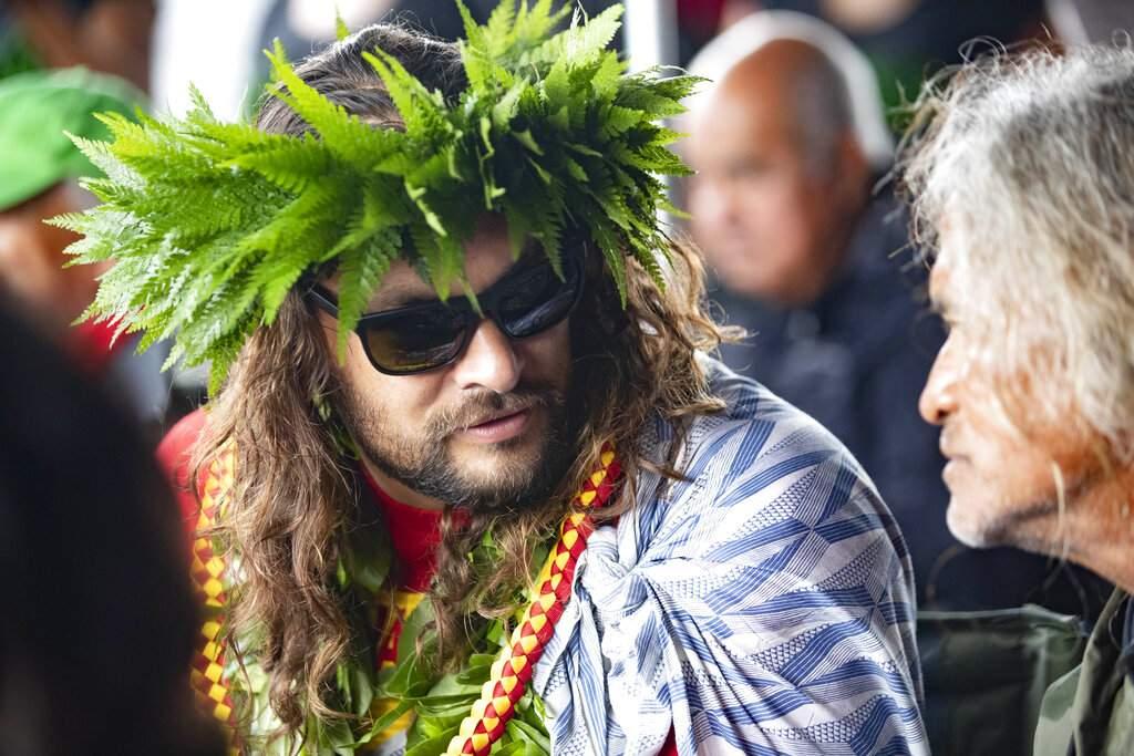 Jason Momoa in Mauna Kea, Hawaii (Cindy Ellen Russell/Honolulu Star-Advertiser via AP)