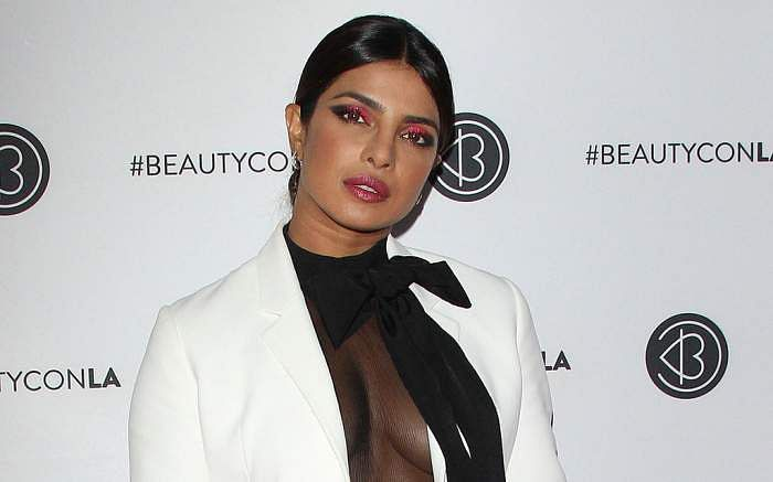 Priyanka_Chopra_at_Beautycon