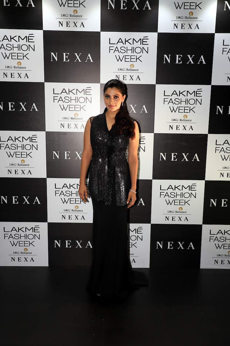 Saiyami_Kher_at_Lakme_Fashion_Week_2019