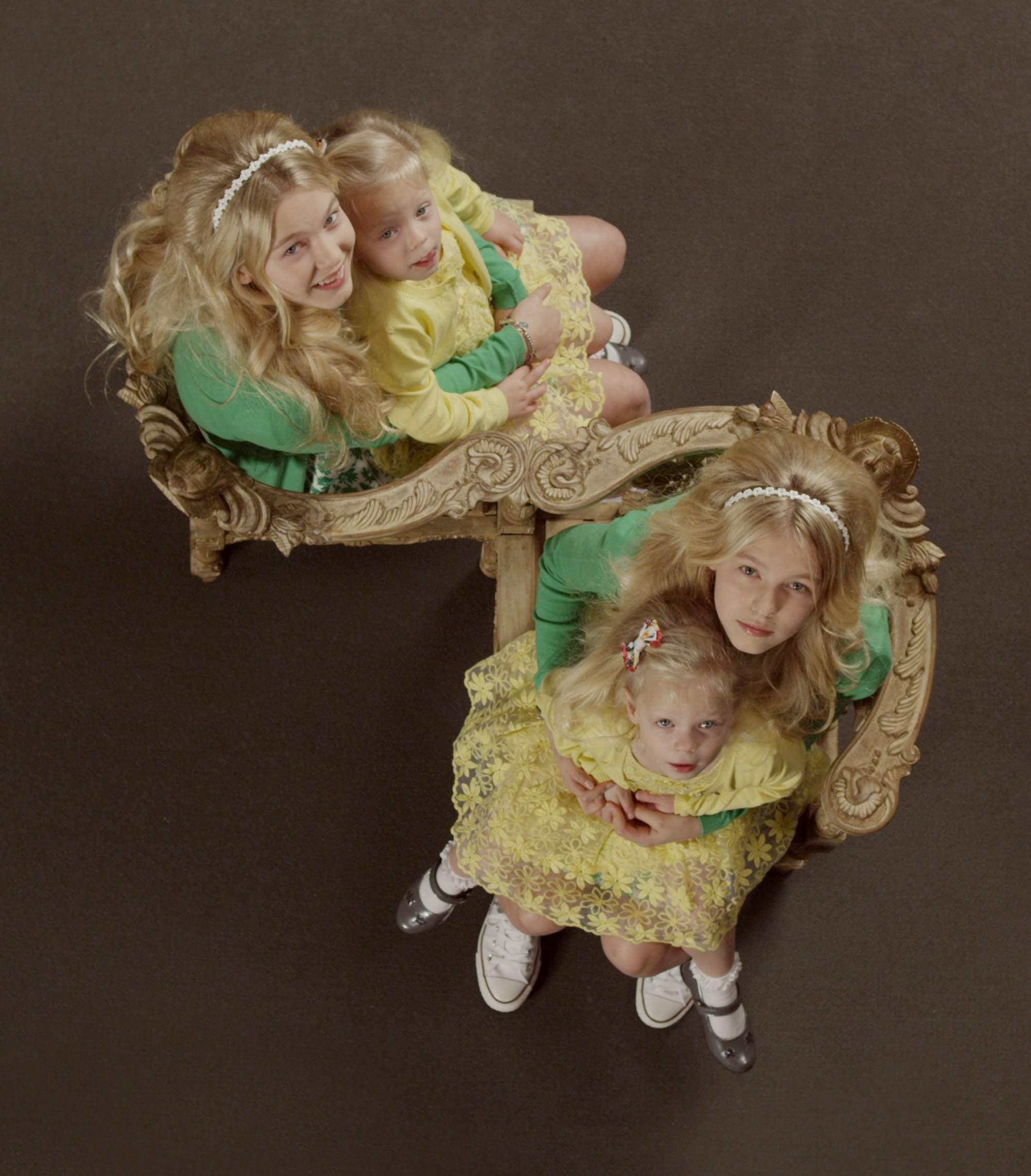Secret_Life_of_Twins