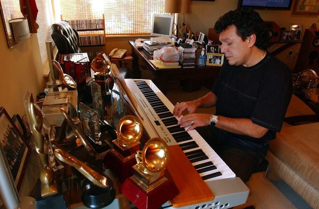 Latin songwriter Rudy Perez at his home in Miami Beach, Fla (AP Photo/J. Pat Carter)