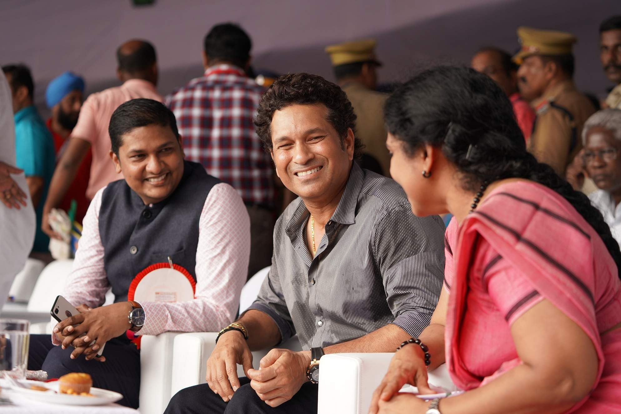 The crowds at the Punnamada lake went into a frenzy as Sachin Tendulkar spoke at the inauguration of the CBL, and ended his talk with the words 'Nandi, Namaskaram' (Thanks, Greetings!).