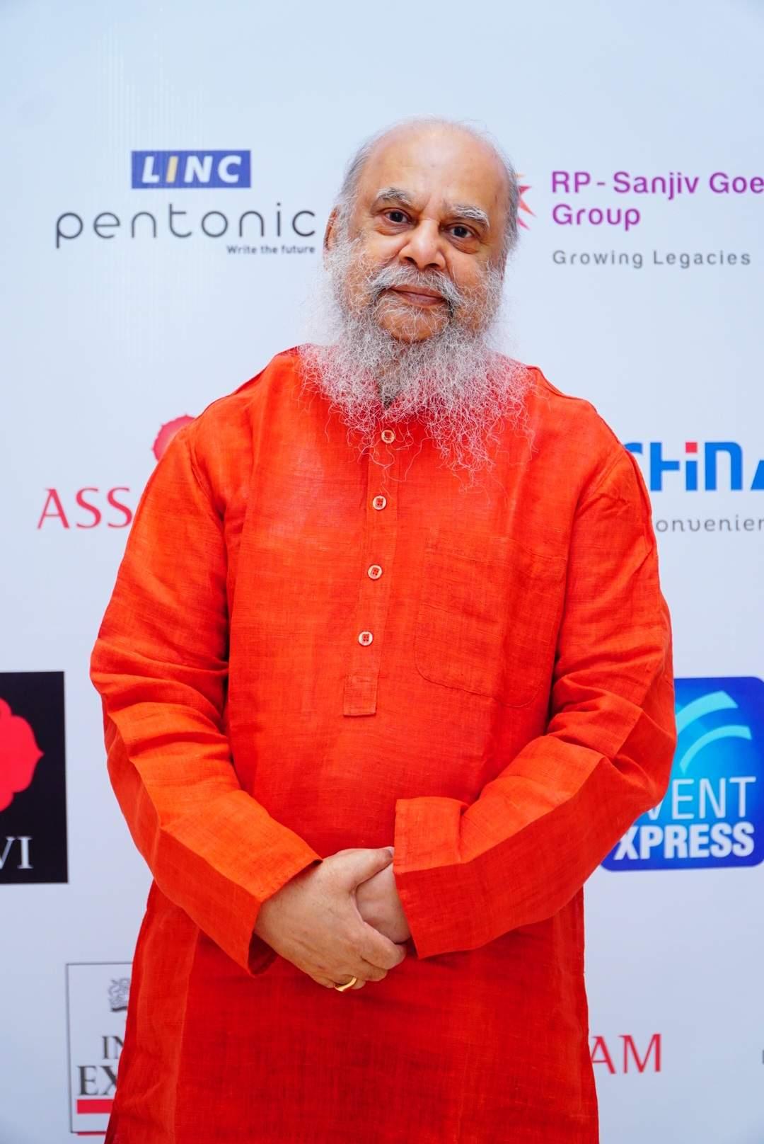 Eminent artist Shuvaprasanna