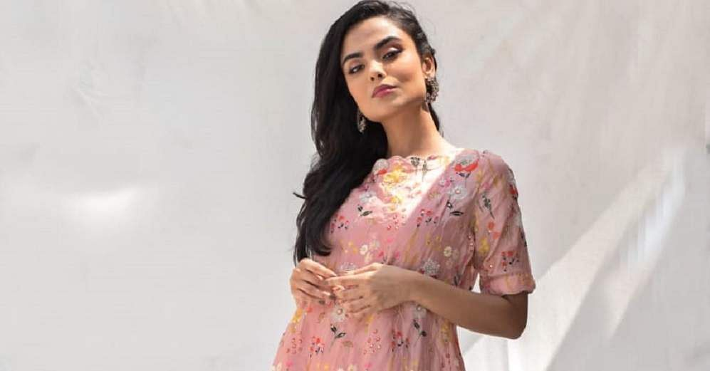 An_applique_printed_kurta_with_cowl_dhoti_bottoms_at_Ommbre_1