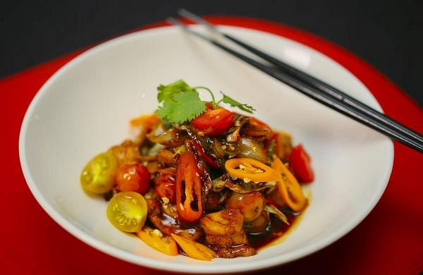 Stir-fried_Spring_Chicken_with_Chestnuts