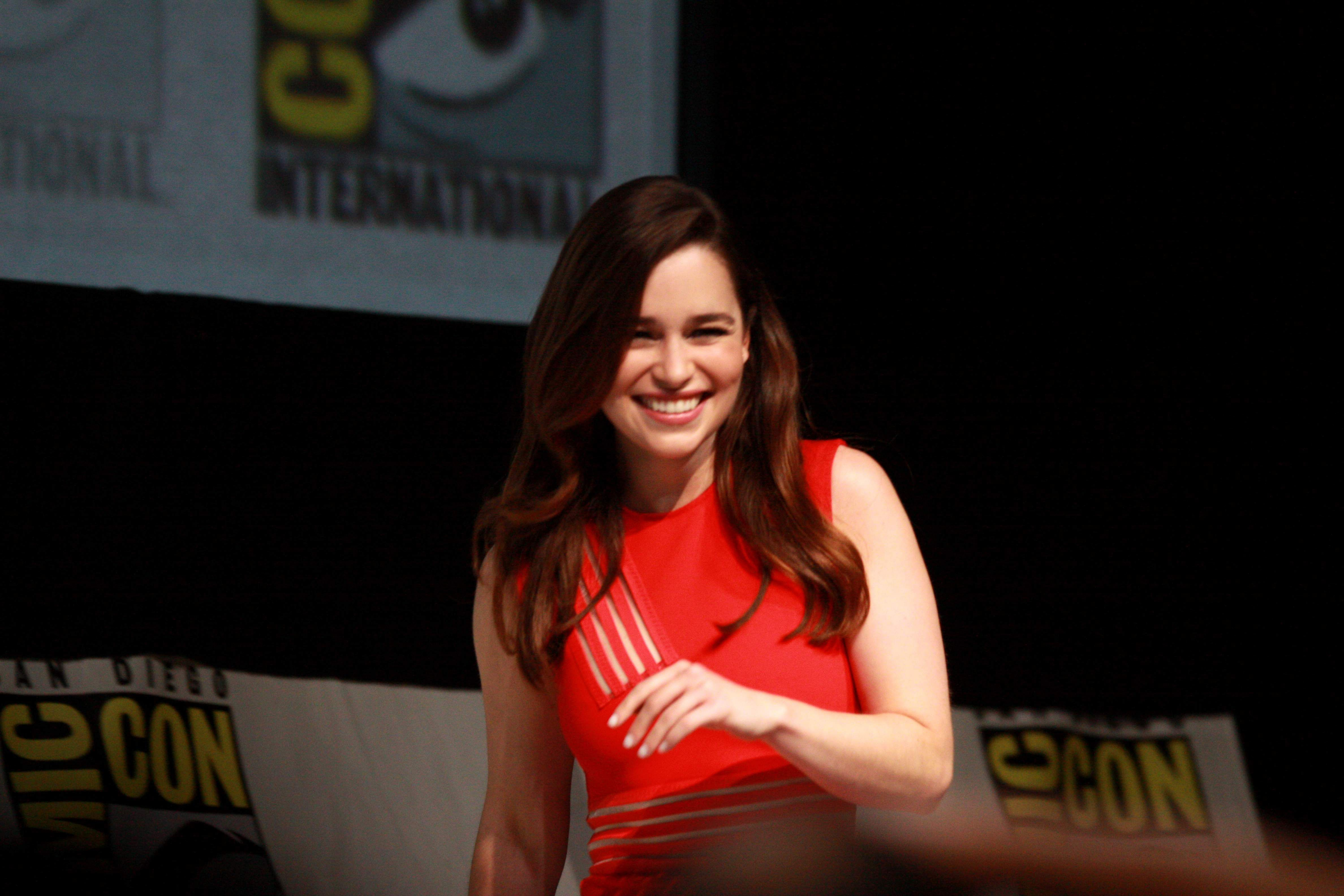 Emilia Clarke (Source: Internet)