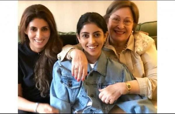Shweta Bachchan, Amitabh Bachchan post heartfelt notes for the late Ritu Nanda