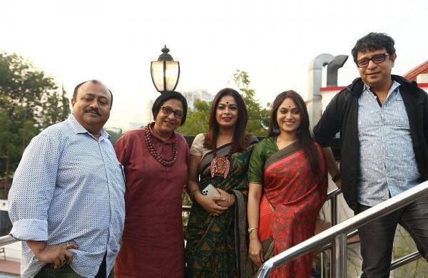 Abijit_Guha,_Sudeshna_Roy,_Imon_Chakraborty_,_Basabdutta_Chatterjee_and_Rupankar_Bagchi