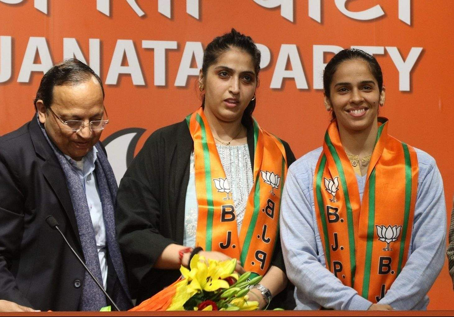 Badminton star Saina Nehwal enters politics, joins BJP-1-e1580291003841
