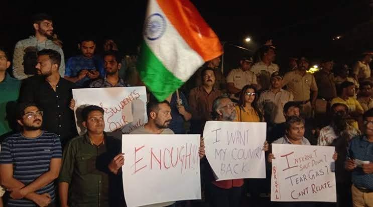 Anurag Kashyap,Taapsee Pannu, Zoya Akhtar,Bollywood condemns JNU attack