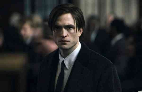 Robert_Pattinson as Bruce Wayne