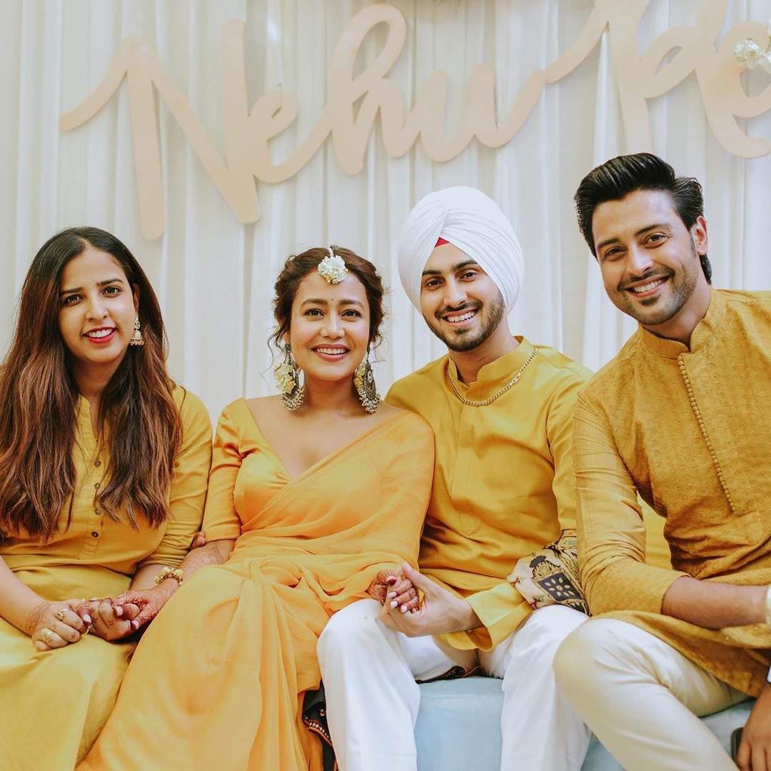 Neha Kakkar's and Rohanpreet Singh's Haldi 9