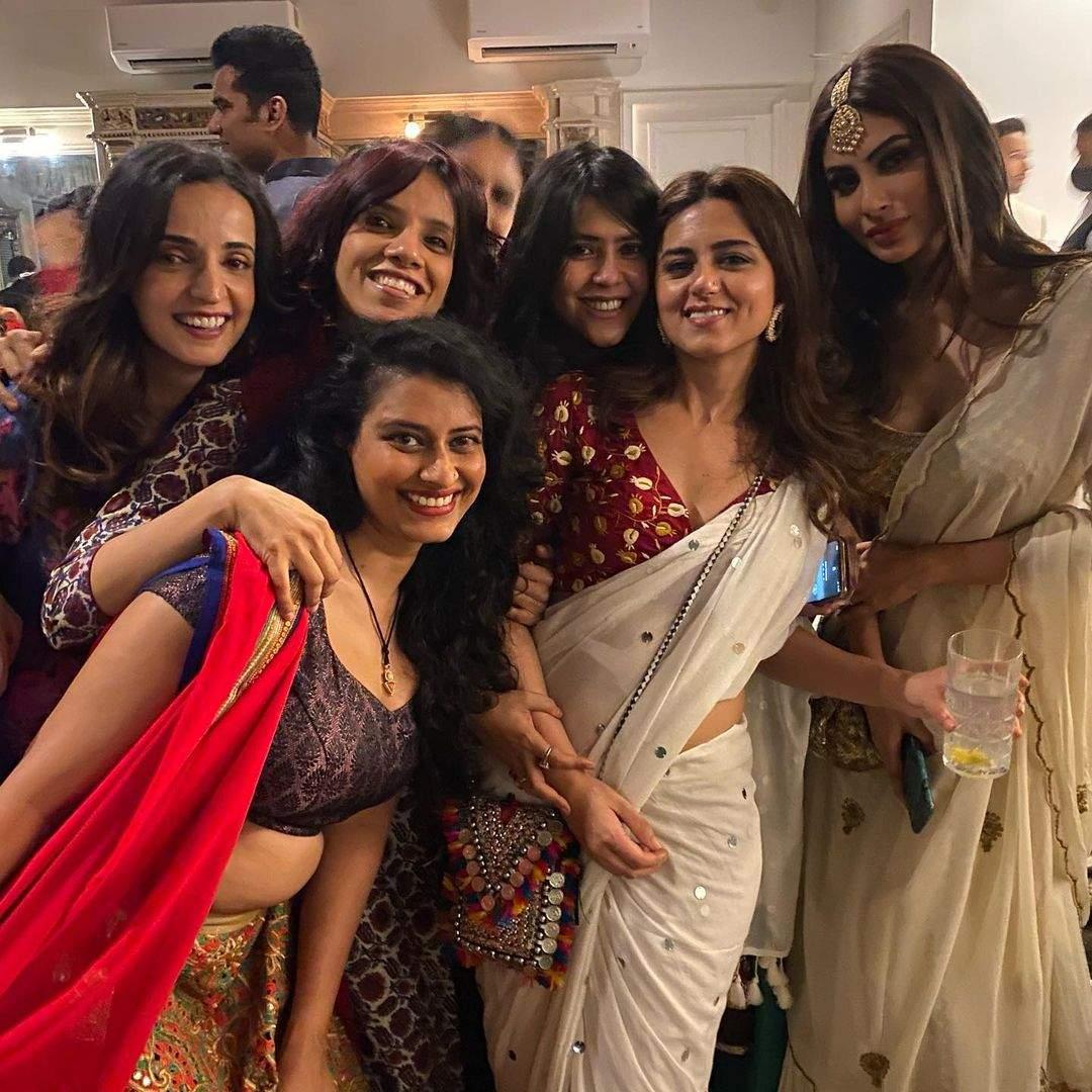 Ekta_Kapoors_Diwali_bash_(2)