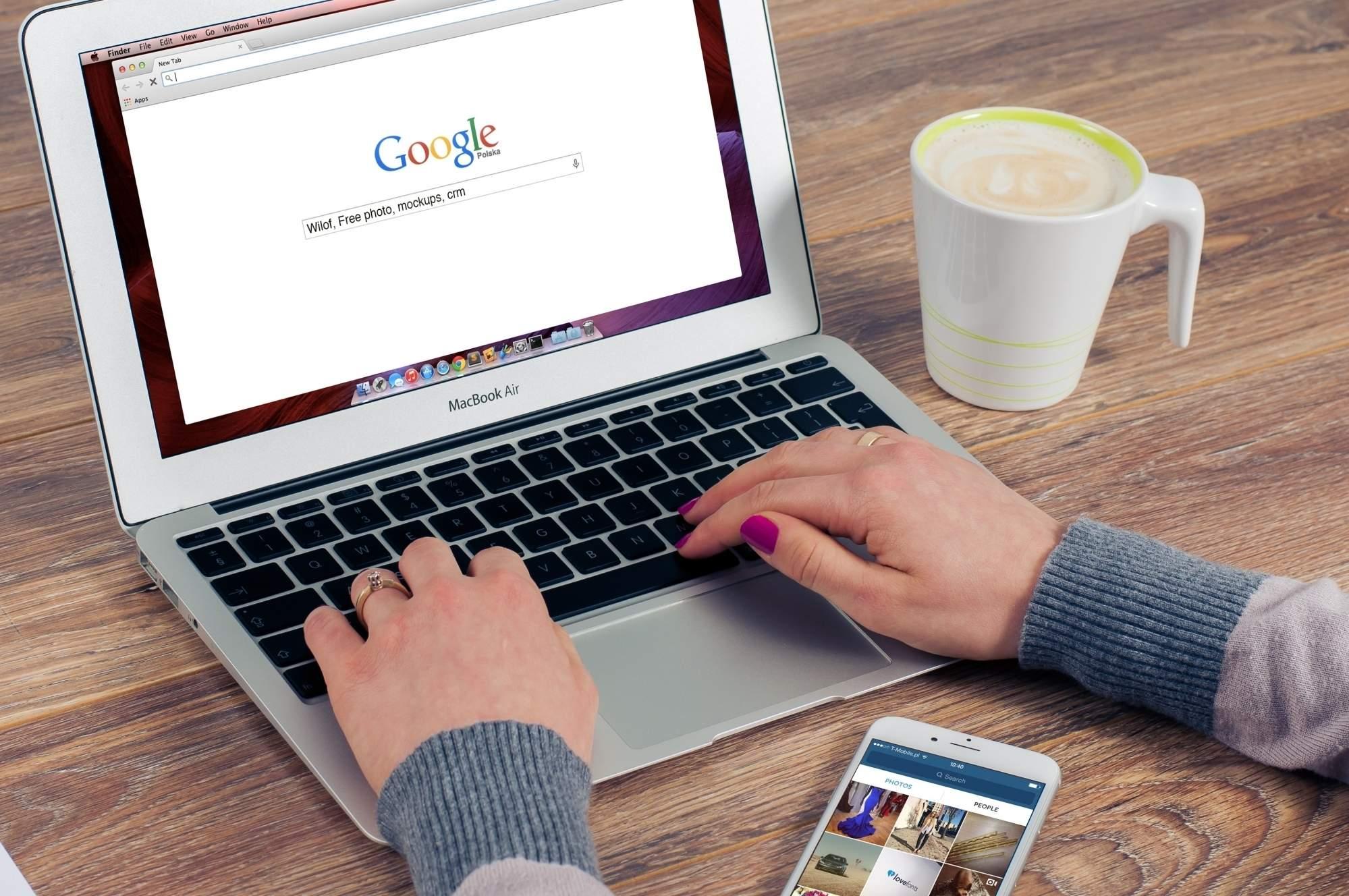 Lady using Google chrome