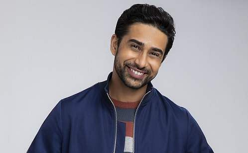 Suraj_Sharma_headshot_(Photo_Credit_Jeff_Riedell,_WB)