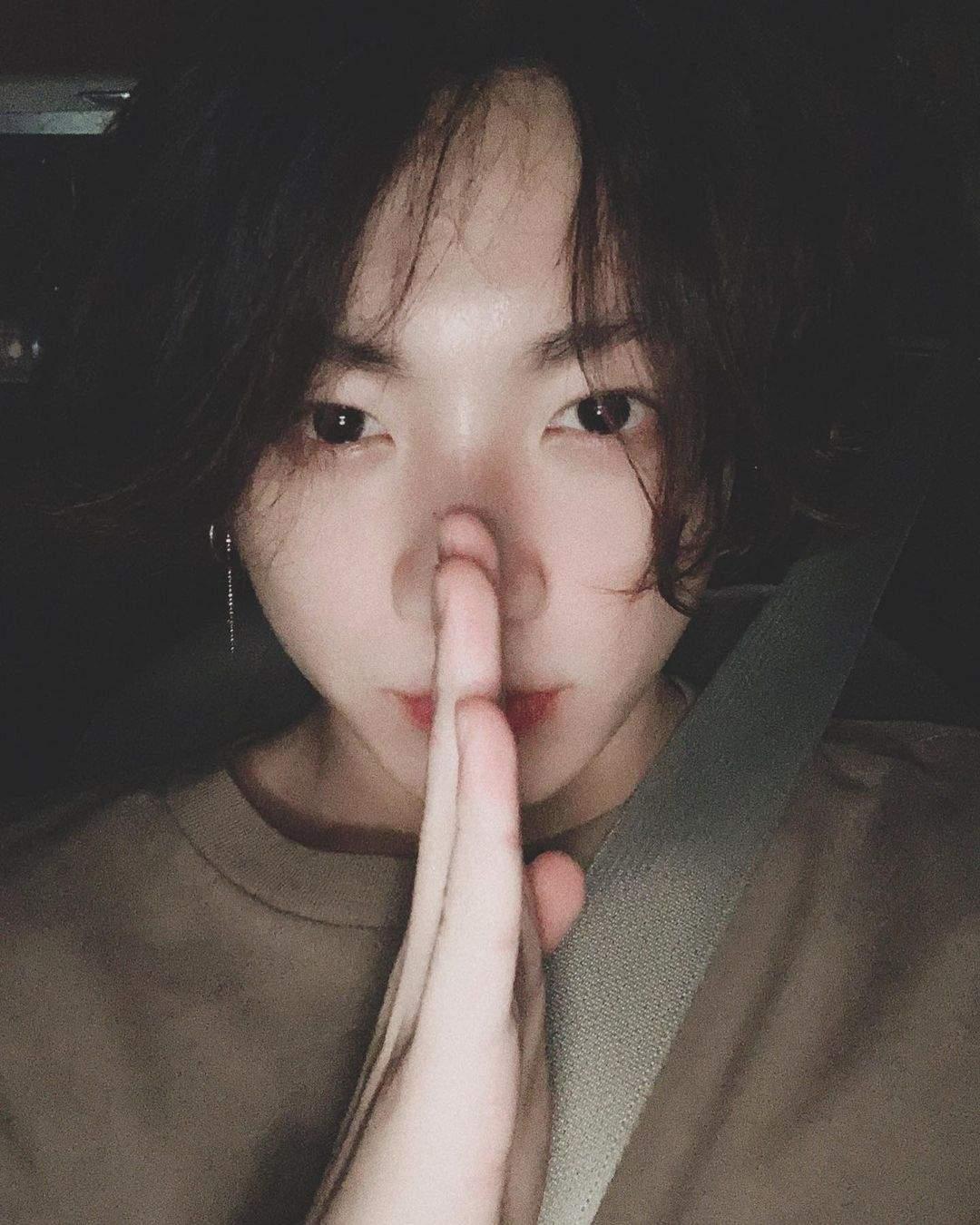 Jungkook_(1)