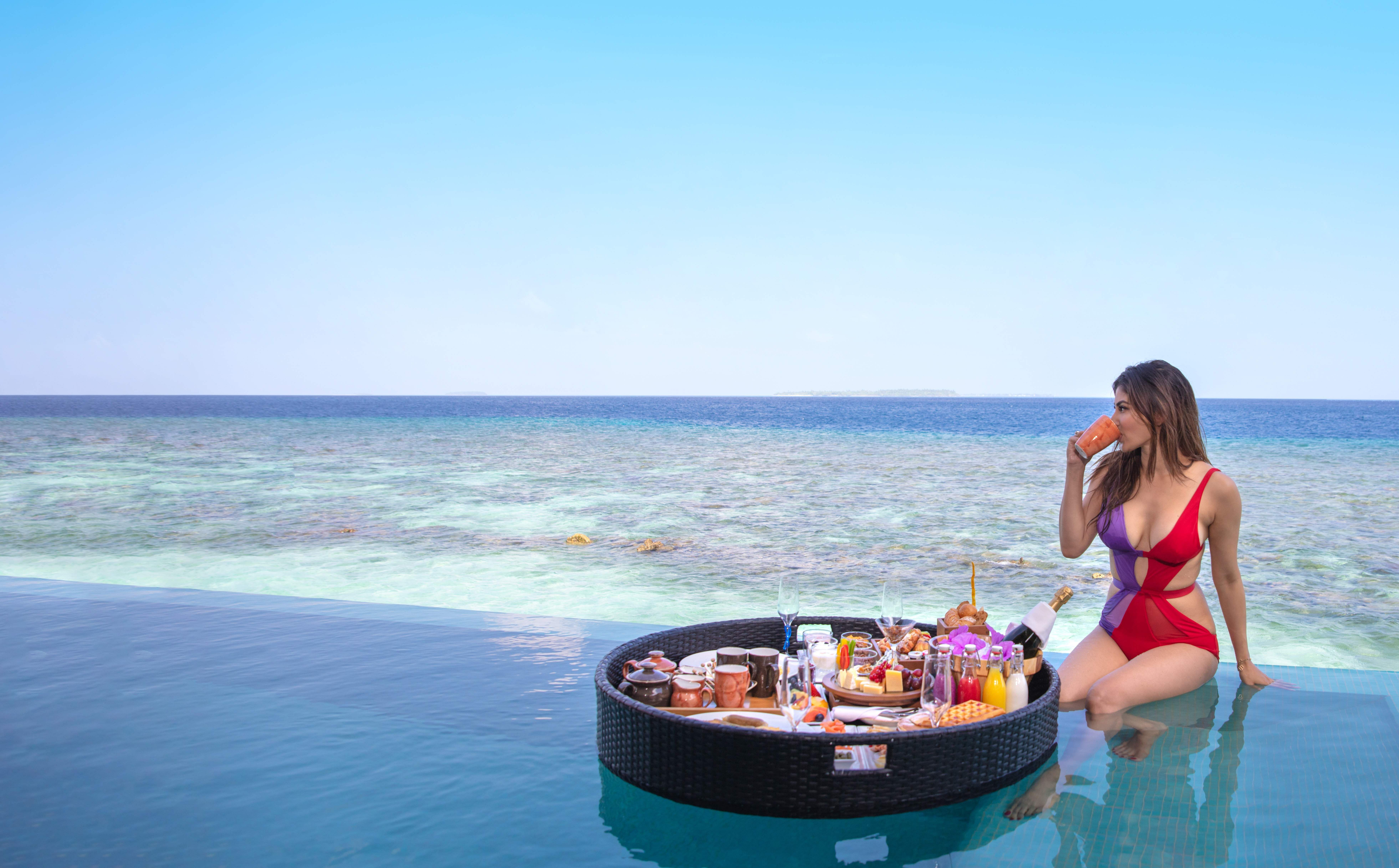Actor_Mouny_Roy_enjoying_floating_breakfast_and_the_sea_views_at_Heritance_Aarah_in_The_Maldives