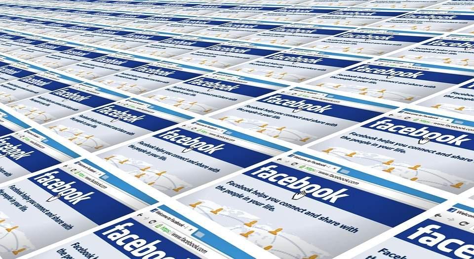 Apple versus Facebook war over iOS privacy norms intensifies