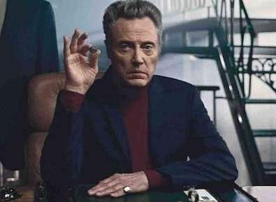 Oscar-award winning actor, Christopher Walken, doesn't own a cellphone or computer