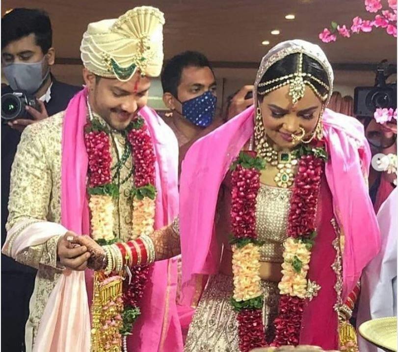 Aditya Narayan ties the knot with Shweta Agarwal