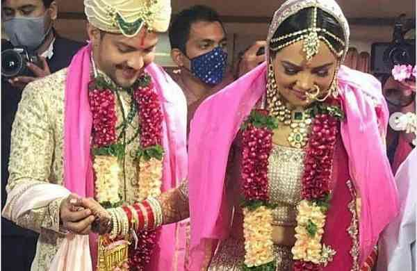 Aditya Narayan ties the knot with Shweta Agarwal