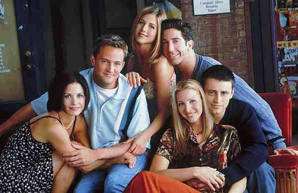 Friends reunion (Source: Internet)