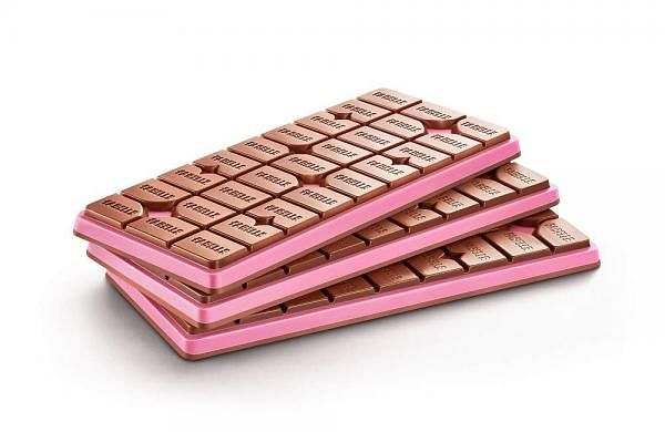 Fabelle_Choco_Deck_Milk_Ruby_Chocolate-_Product_Shot