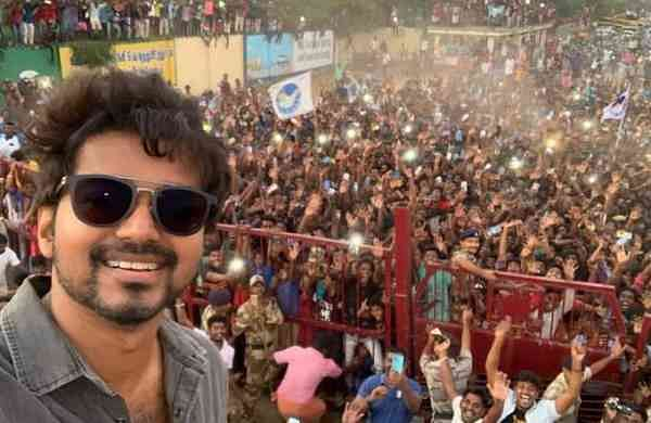Vijay's selfie goes viral (Photo: IANS)