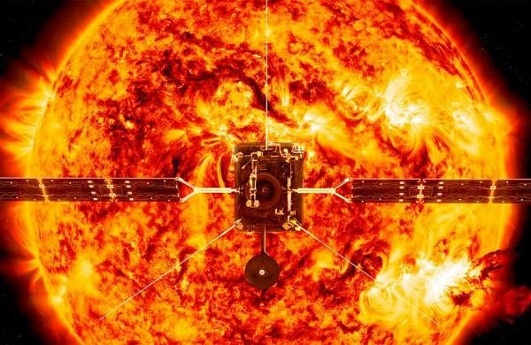 03_Credit_ESAATG_medialab_NASASDOP_Testa_CfA_via_AP