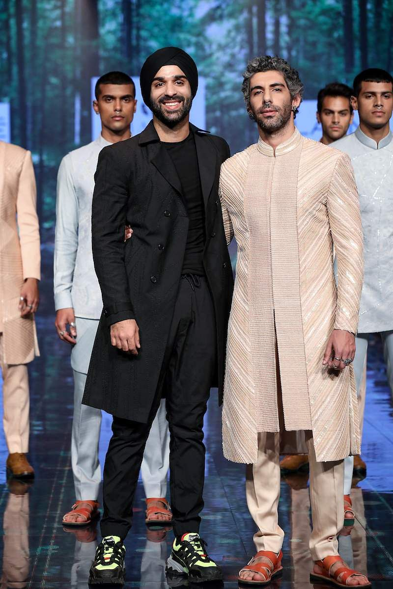 Jim_Sarbh_walks_for_Amaare_at_LFW_SR20
