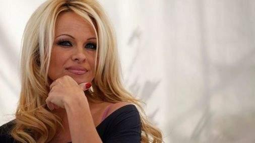 Pamela Anderson (Source: Internet)