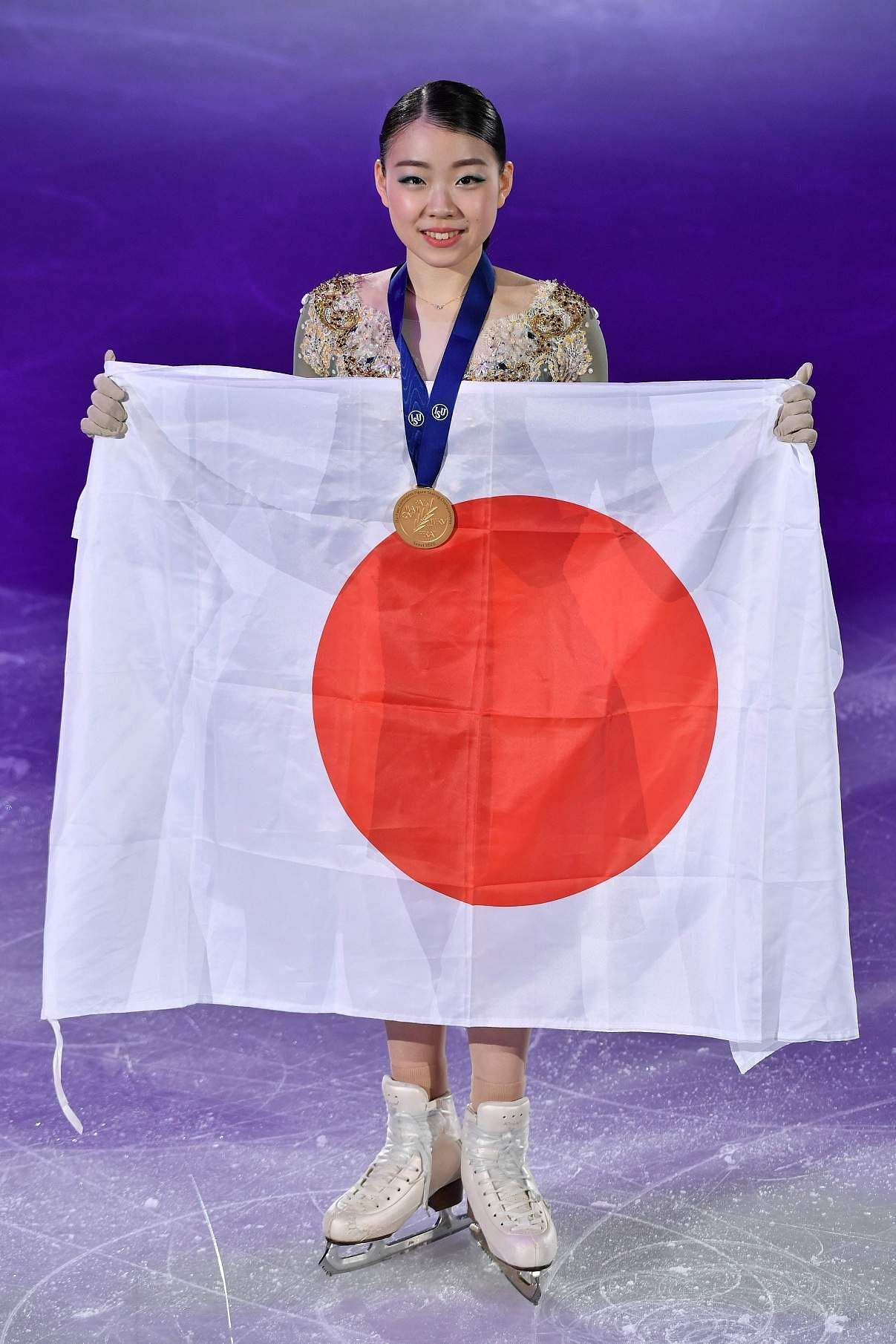 Seoul: Gold medalist Rika Kihira of Japan poses during the medal ceremony for the ladies single free skating at the ISU Four Continents Figure Skating Championships / AFP / Jung Yeon-je