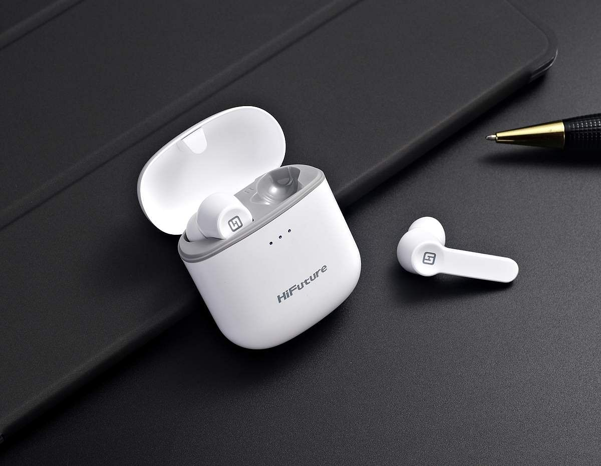 HiFuture Flybuds: Only 5 gms, one of the lightest true wireless earbuds around. Smooth sound signature, decent bass, clear audio. Charging case is a blessing, voice assistants as expected. INR 2,499.