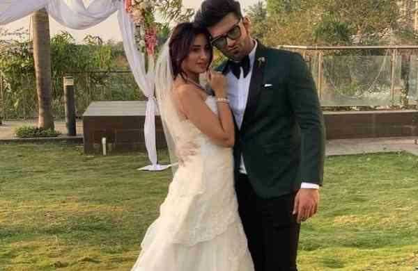 Paras Chhabra and Mahira Sharma (Photo: IANS)