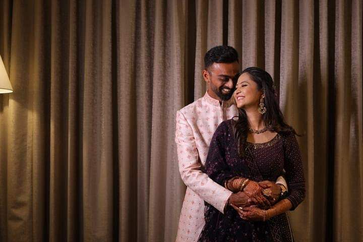 Jaydev Unadkat and his fiancée Rinny (Source: Twitter)