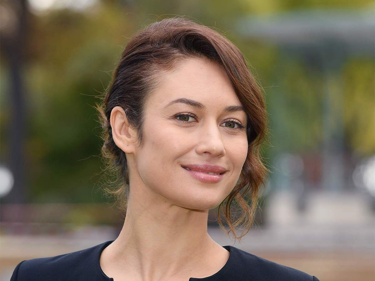 James Bond actress Olga Kurylenko tests positive for coronavirus